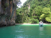Krabi Bay has many islands with secluded beaches